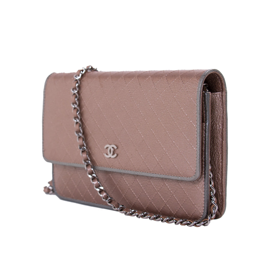 Chanel Diamond Stitch Wallet on Chain Bags Chanel - Shop authentic new pre-owned designer brands online at Re-Vogue