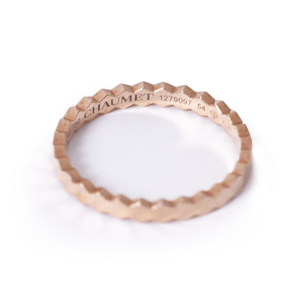Chaumet Bee My Love Yellow Gold Ring Accessories Chaumet - Shop authentic new pre-owned designer brands online at Re-Vogue