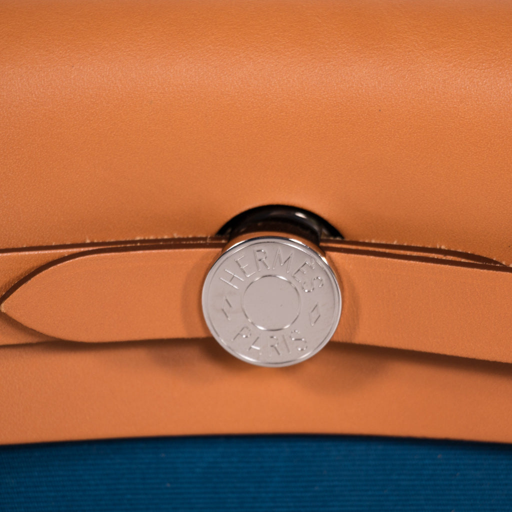 Hermes Herbag Zip 31 Bags Hermes - Shop authentic new pre-owned designer brands online at Re-Vogue