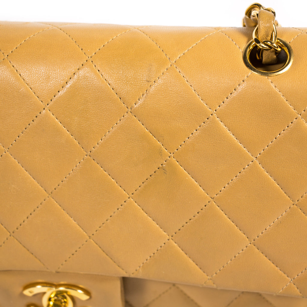 Chanel Medium Classic Double Flap Bag Bags Chanel - Shop authentic new pre-owned designer brands online at Re-Vogue