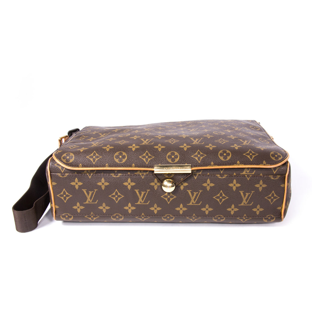 Louis Vuitton Monogram Abbesses Messenger Bag Bags Louis Vuitton - Shop authentic pre-owned designer brands online at Re-Vogue