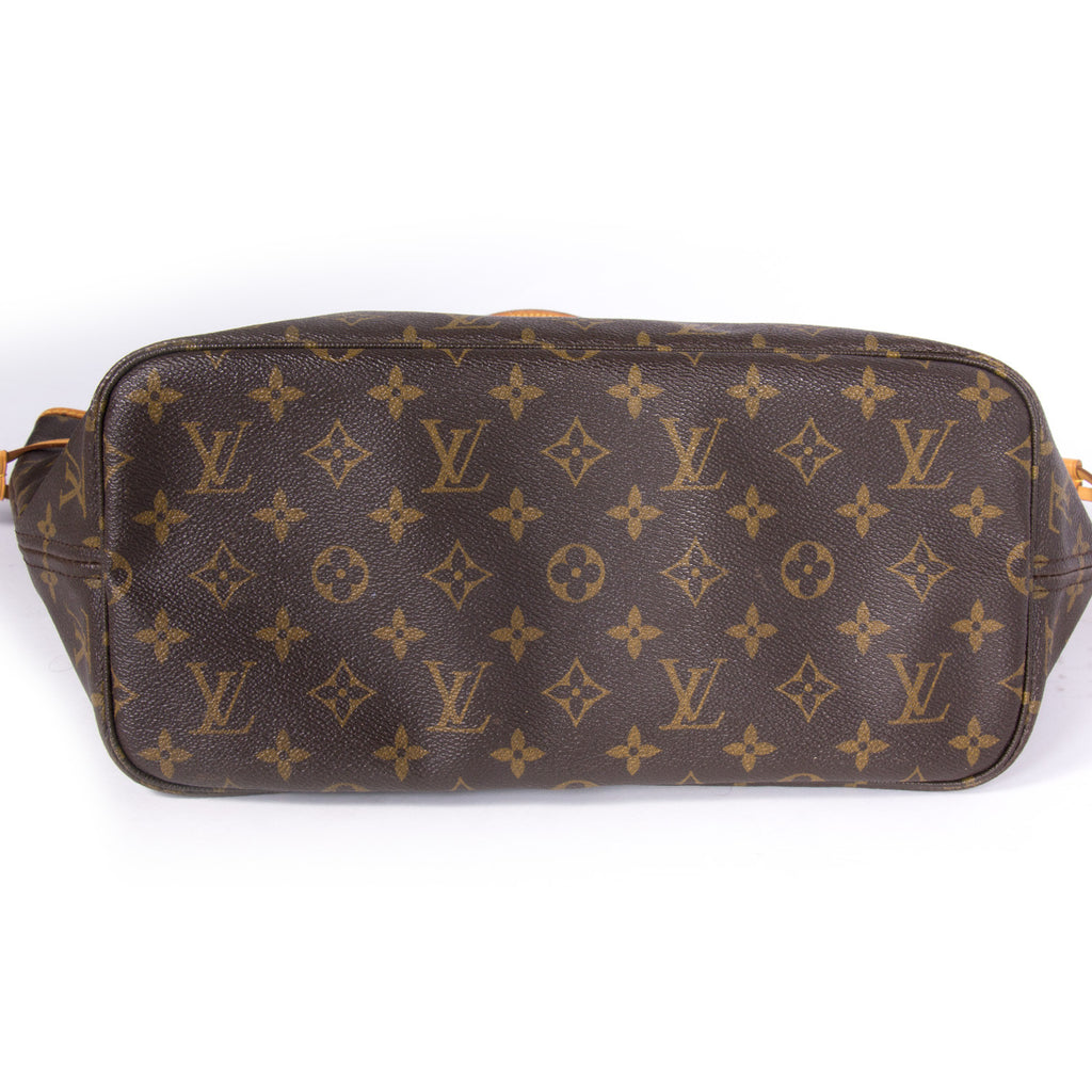 Louis Vuitton Neverfull MM Bags Louis Vuitton - Shop authentic pre-owned designer brands online at Re-Vogue