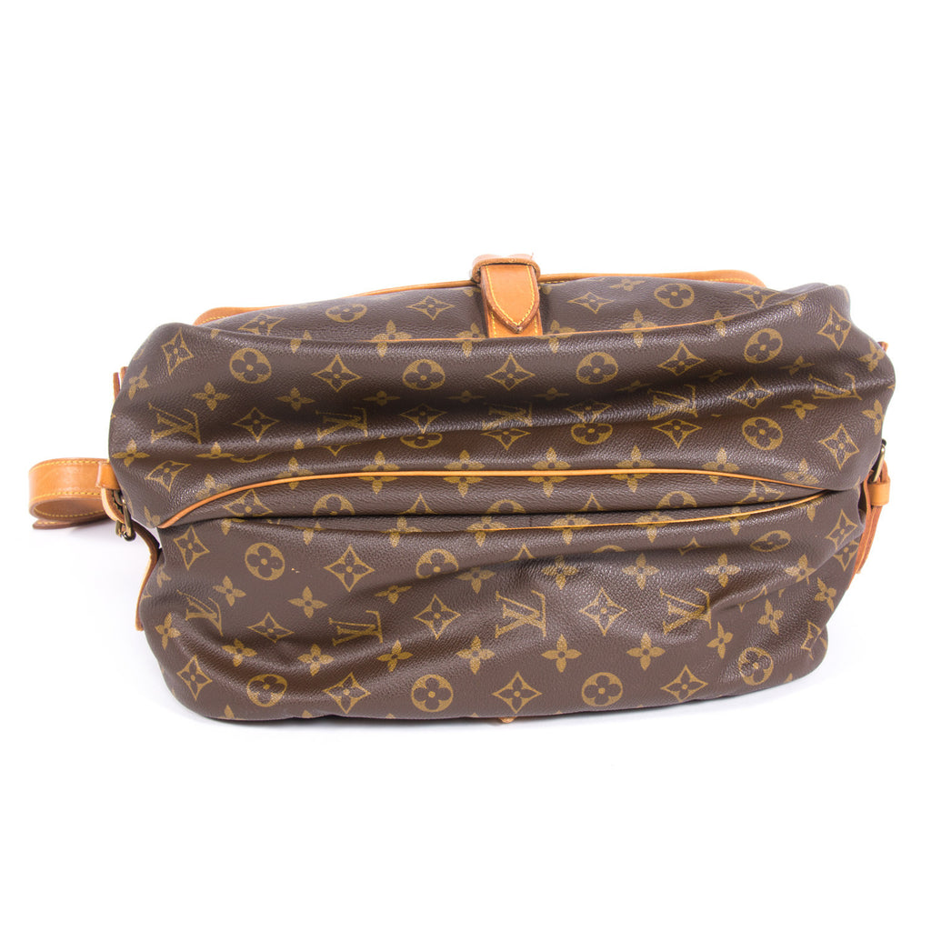 Louis Vuitton Saumur 30 Bags Louis Vuitton - Shop authentic new pre-owned designer brands online at Re-Vogue
