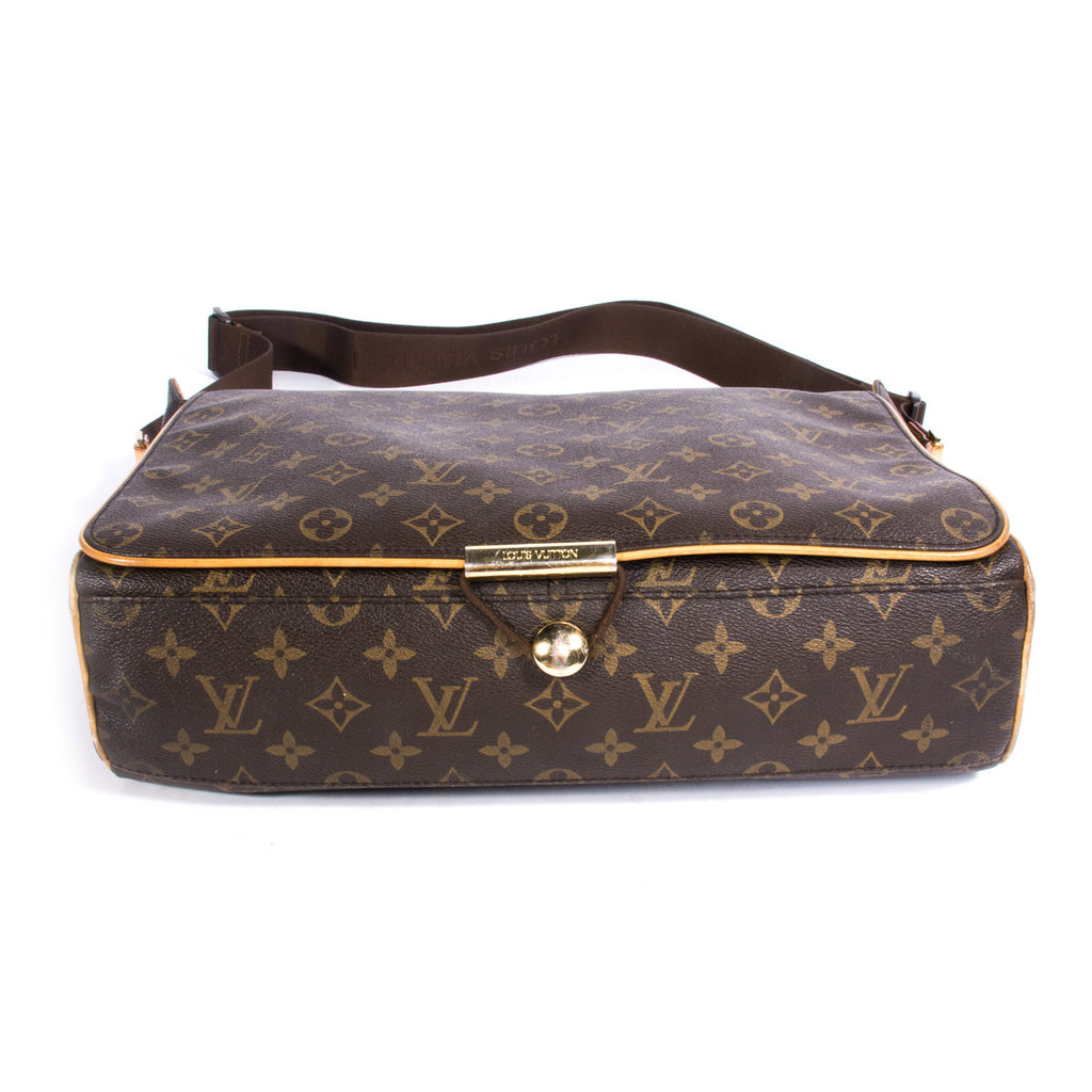Louis Vuitton Abbesses Messenger Bag Bags Louis Vuitton - Shop authentic new pre-owned designer brands online at Re-Vogue