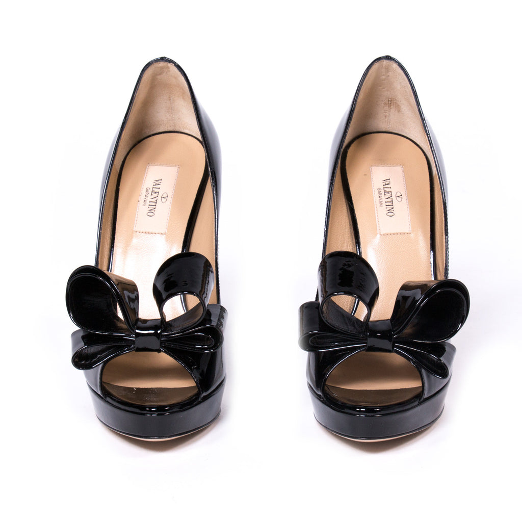 Valentino Black D'orsay Pumps