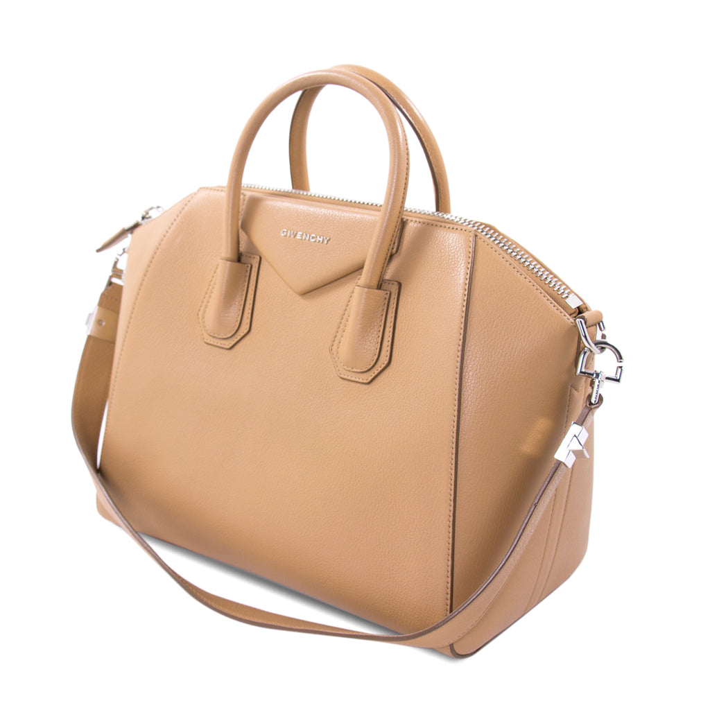 Givenchy Medium Antigona Stachel Bags Givenchy - Shop authentic new pre-owned designer brands online at Re-Vogue