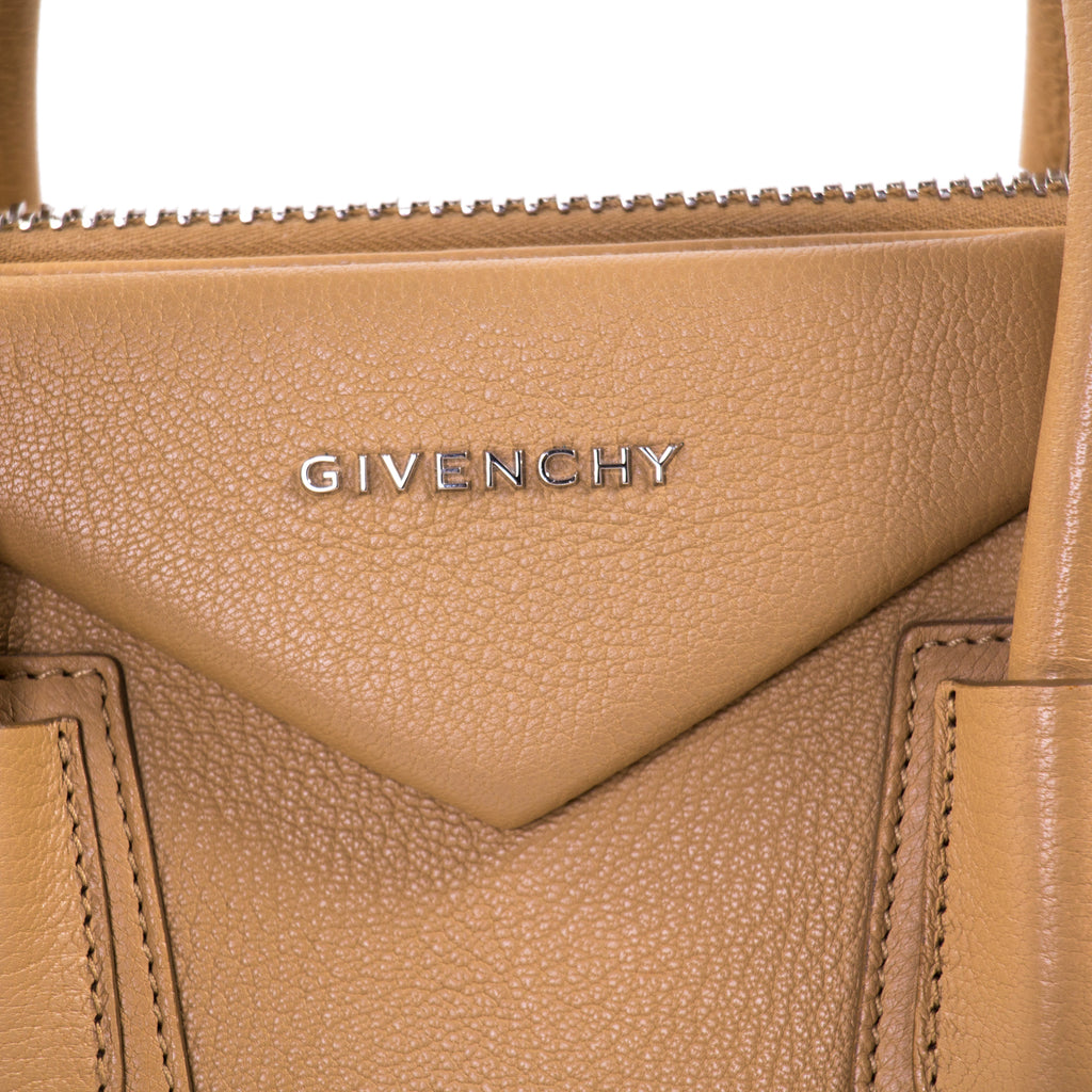 ab7cde164805 Givenchy Medium Antigona Stachel Bags Givenchy - Shop authentic new pre-owned  designer brands online ...