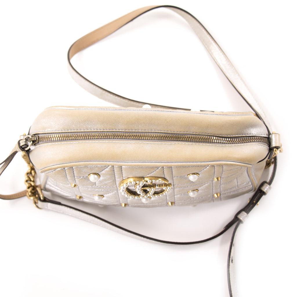 Gucci GG Marmont Matelassé Silver Metallic Bag Bags Gucci - Shop authentic new pre-owned designer brands online at Re-Vogue