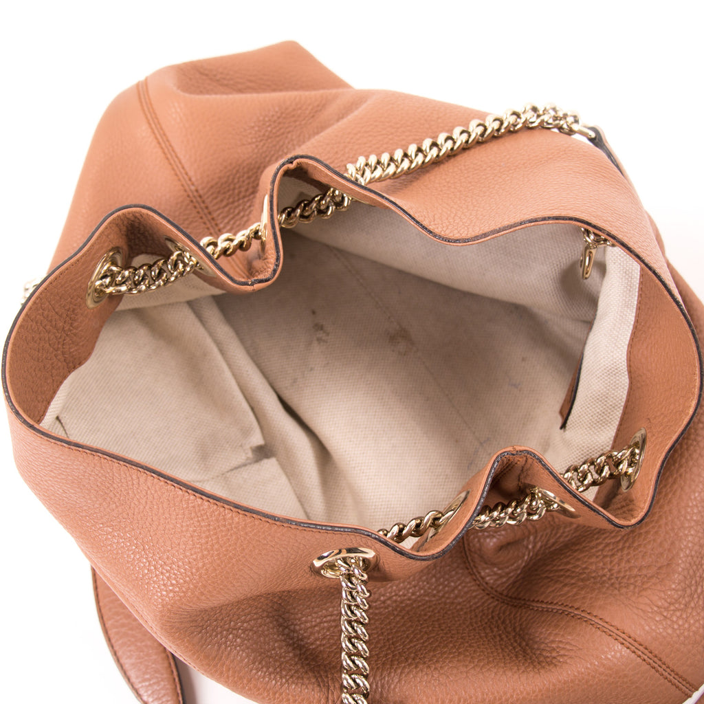 Gucci Soho Large Chain Shoulder Bag Bags Gucci - Shop authentic new pre-owned designer brands online at Re-Vogue