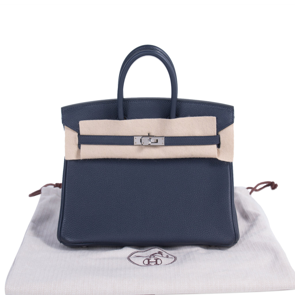 Hermès Birkin 25 Navy Togo Bags Hermès - Shop authentic new pre-owned designer brands online at Re-Vogue