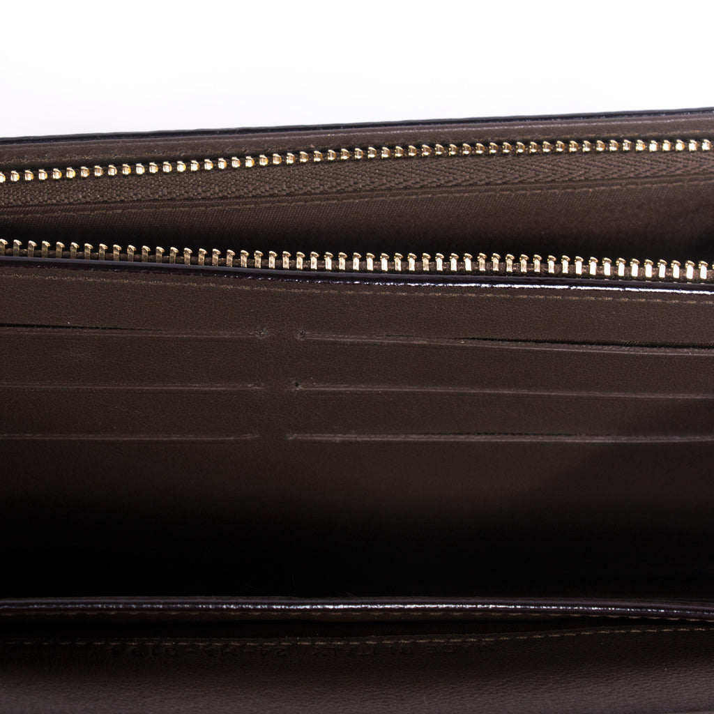 Christian Dior Diorissimo Rencontre Wallet Accessories Dior - Shop authentic new pre-owned designer brands online at Re-Vogue