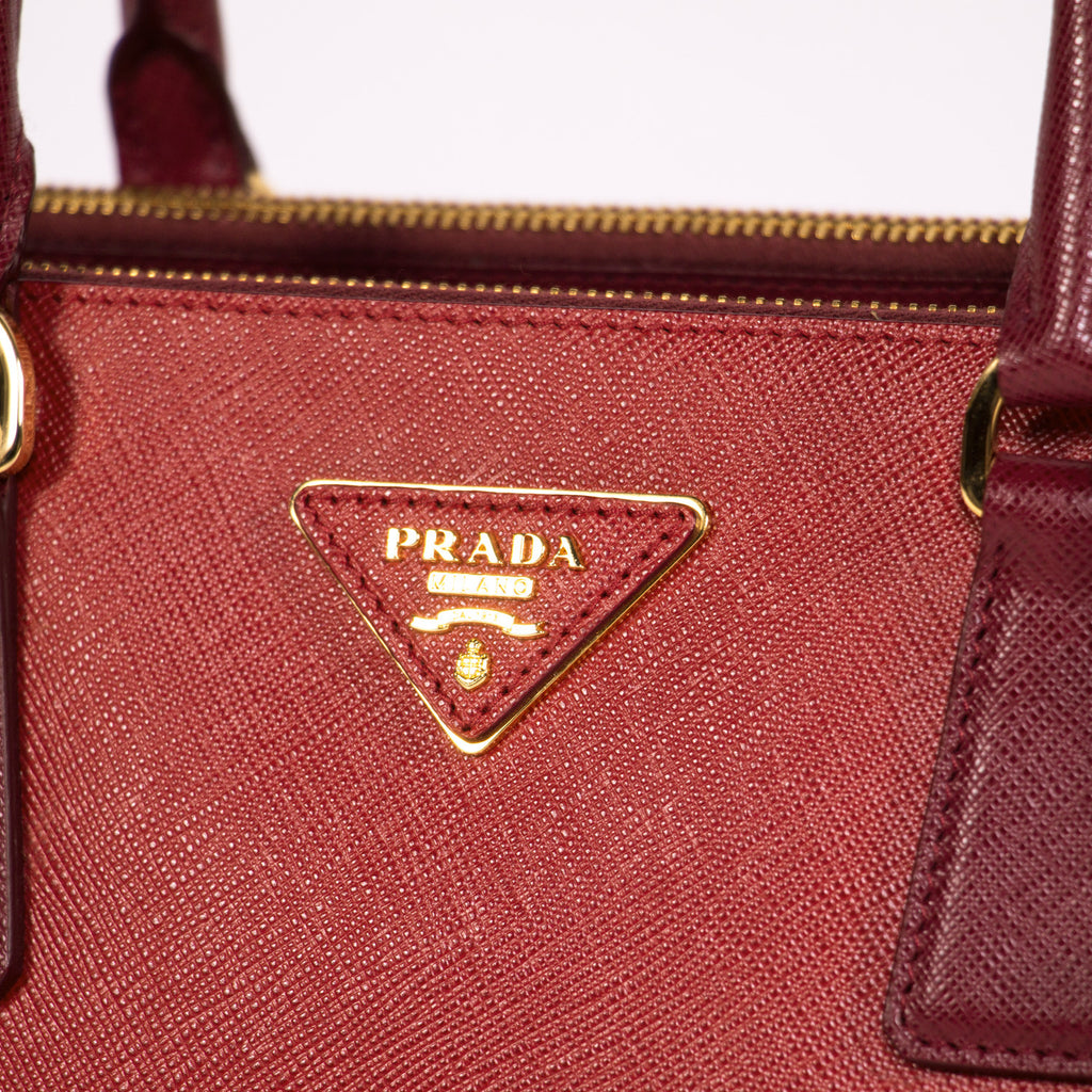 548802e6e35f ... Prada Large Saffiano Double Zip Tote Bags Prada - Shop authentic new pre -owned designer ...