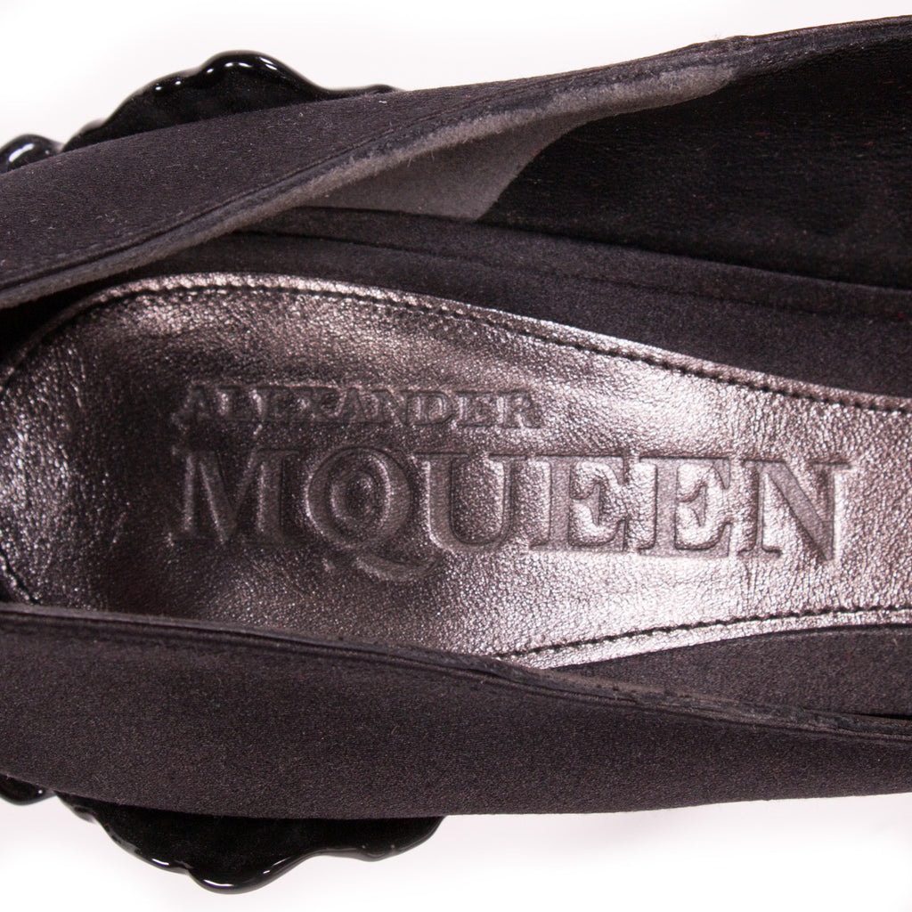 Alexander McQueen Satin Pumps Shoes Alexander McQueen - Shop authentic new pre-owned designer brands online at Re-Vogue