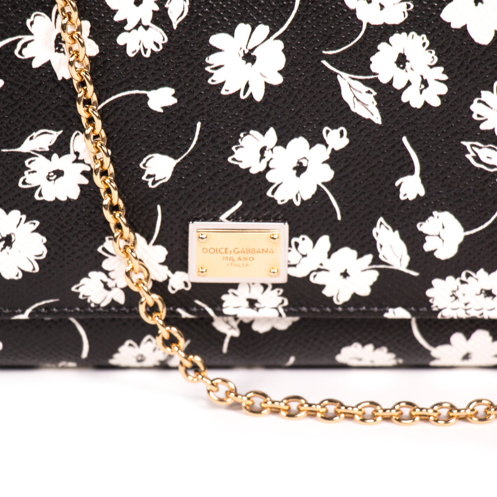 Dolce & Gabbana Mini Von Wallet Crossbody Bags Dolce & Gabbana - Shop authentic new pre-owned designer brands online at Re-Vogue