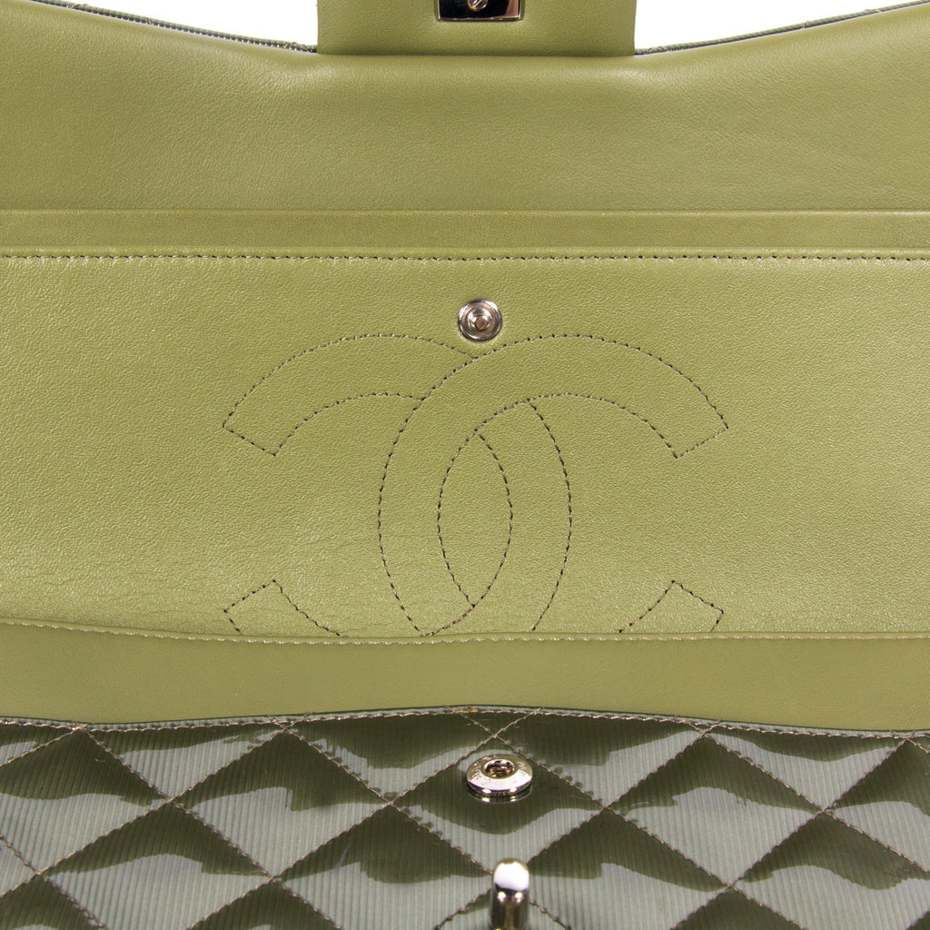 Chanel Classic Jumbo Double Flap Bags Chanel - Shop authentic pre-owned designer brands online at Re-Vogue
