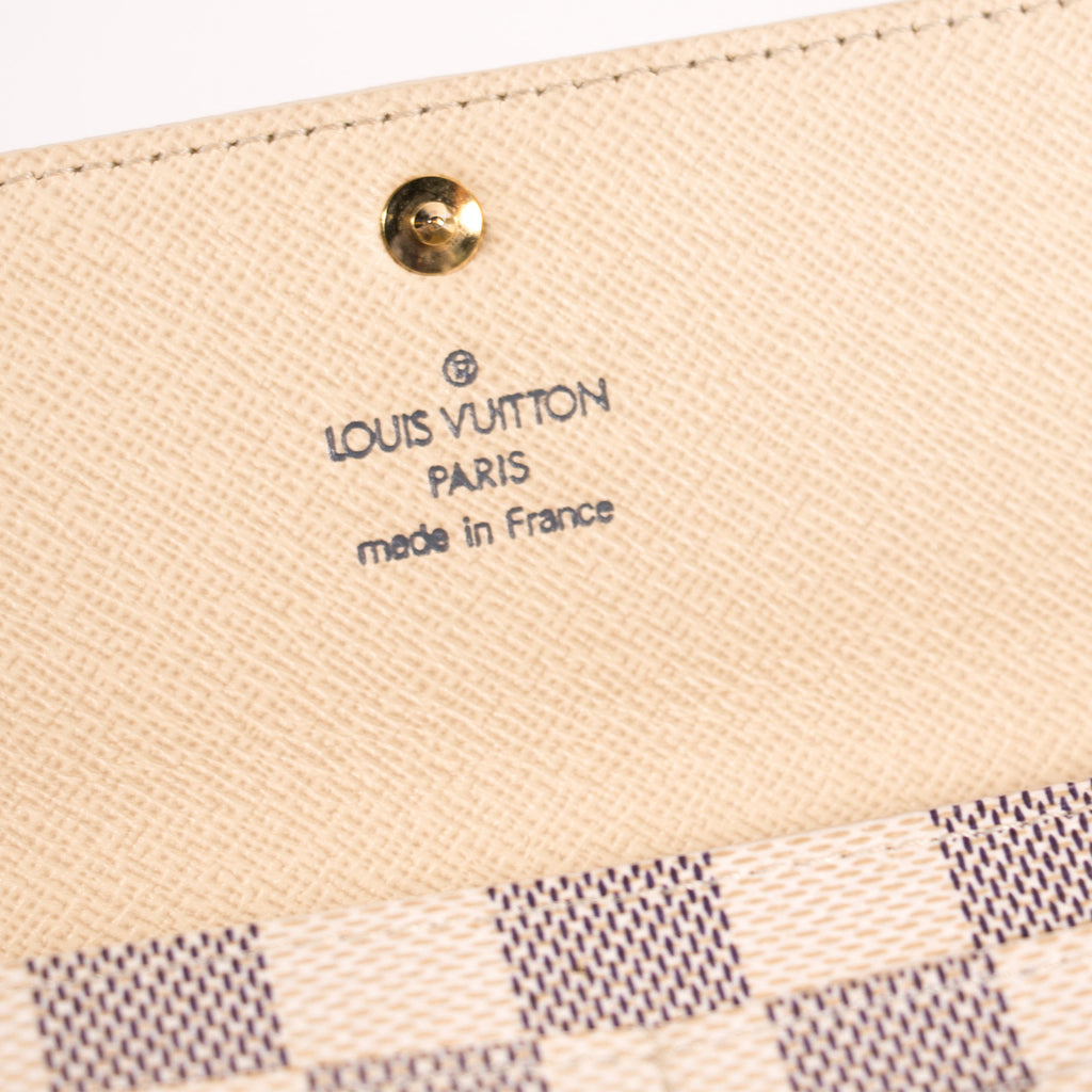 Louis Vuitton Damier Azur Sarah Wallet Accessories Louis Vuitton - Shop authentic new pre-owned designer brands online at Re-Vogue