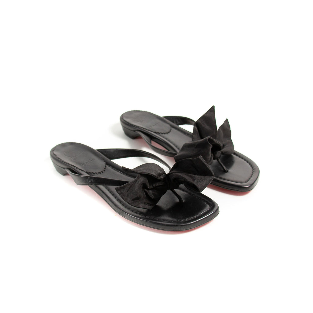 Christian Louboutin Bow Slippers Shoes Chanel - Shop authentic new pre-owned designer brands online at Re-Vogue