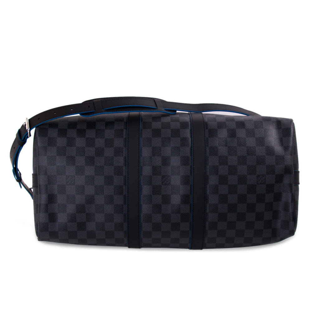 Louis Vuitton Damier Graphite Neo Keepall 45 Bandoulière Bags Louis Vuitton - Shop authentic new pre-owned designer brands online at Re-Vogue