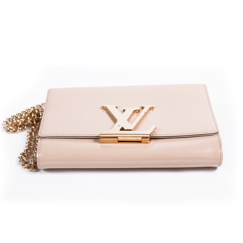 Louis Vuitton Chain Louise MM Bags Louis Vuitton - Shop authentic new pre-owned designer brands online at Re-Vogue