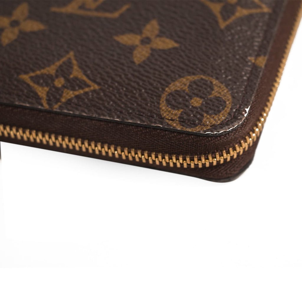 Louis Vuitton Zippy Coin Purse Accessories Louis Vuitton - Shop authentic new pre-owned designer brands online at Re-Vogue