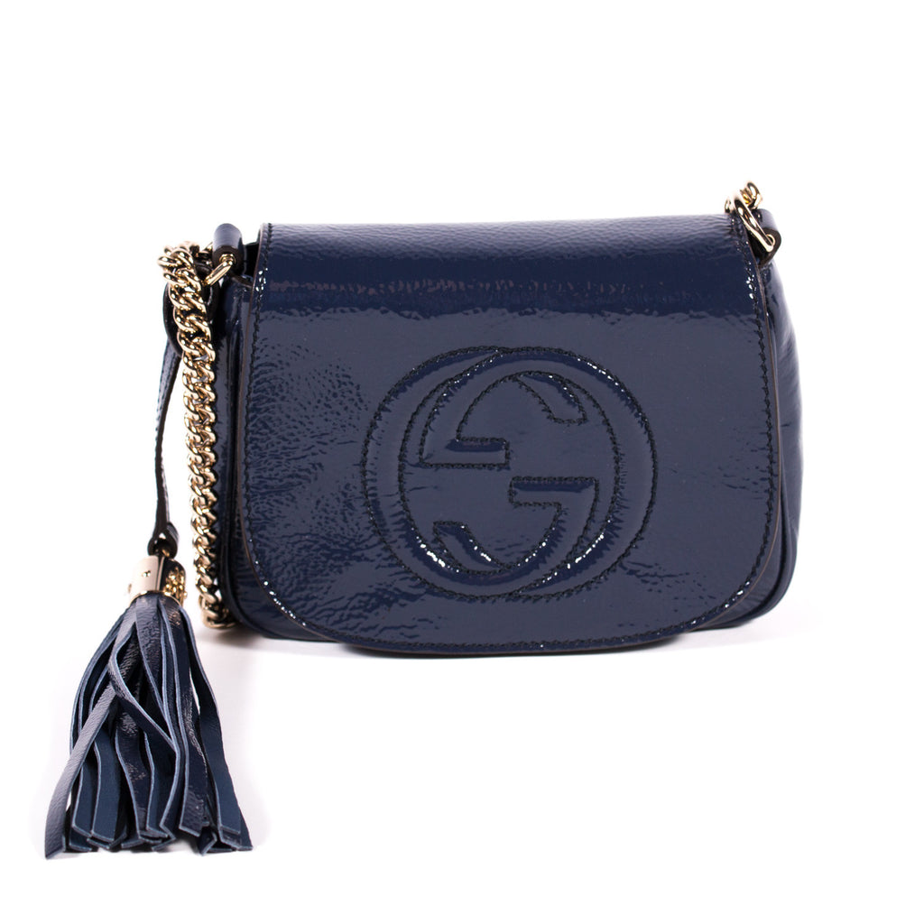 2156251c831d Gucci Soho Chain Crossbody Bags Gucci - Shop authentic new pre-owned ...