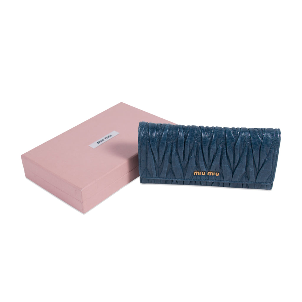 Miu Miu Matelassé Continental Wallet Accessories Miu Miu - Shop authentic new pre-owned designer brands online at Re-Vogue