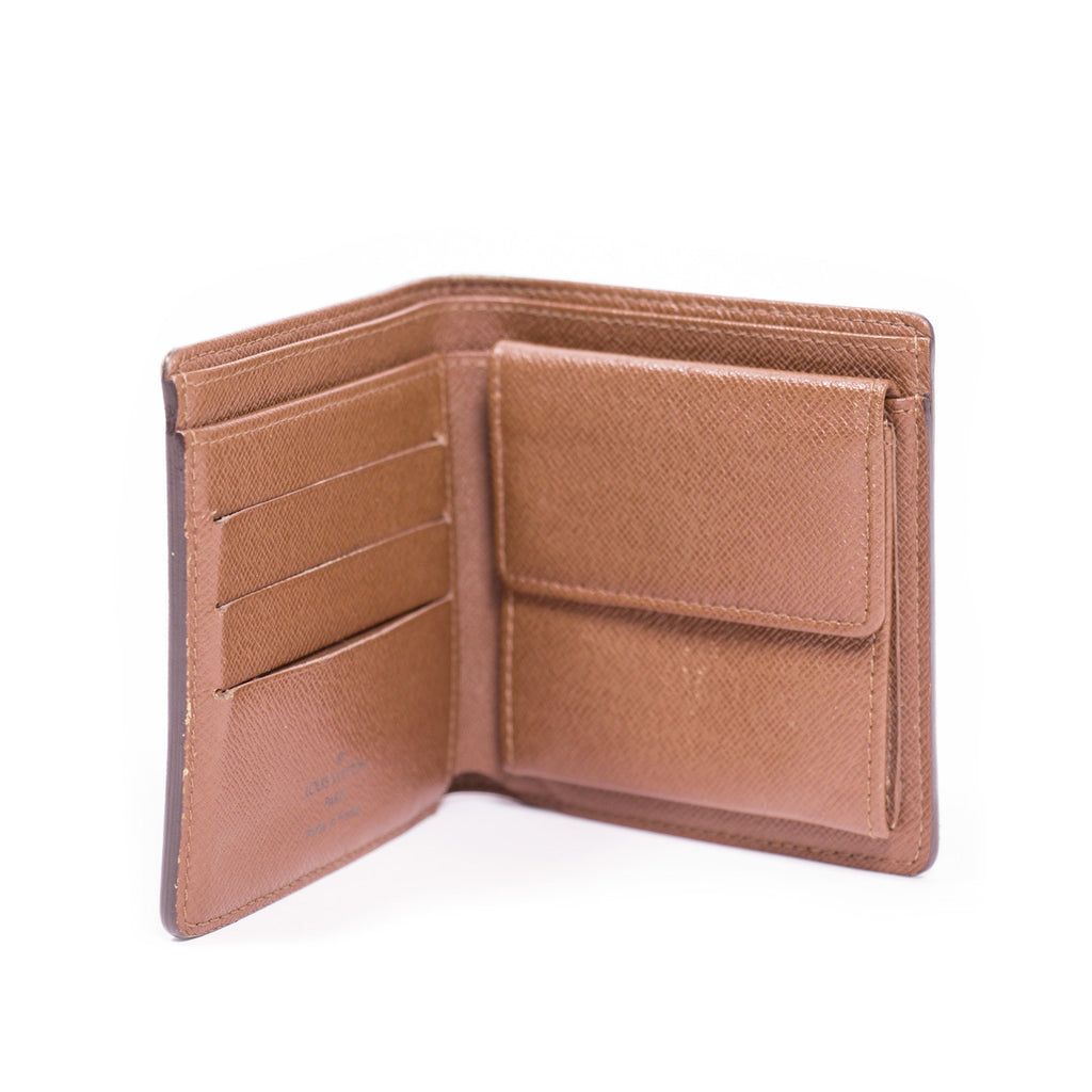 Louis Vuitton Macro Wallet -Shop pre-owned luxury designer brands online at Re-Vogue