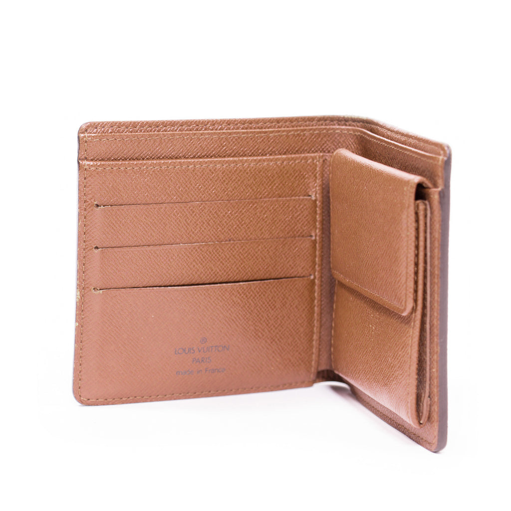Louis Vuitton Macro Wallet -Shop pre-owned luxury designer brands on discount online at Re-Vogue