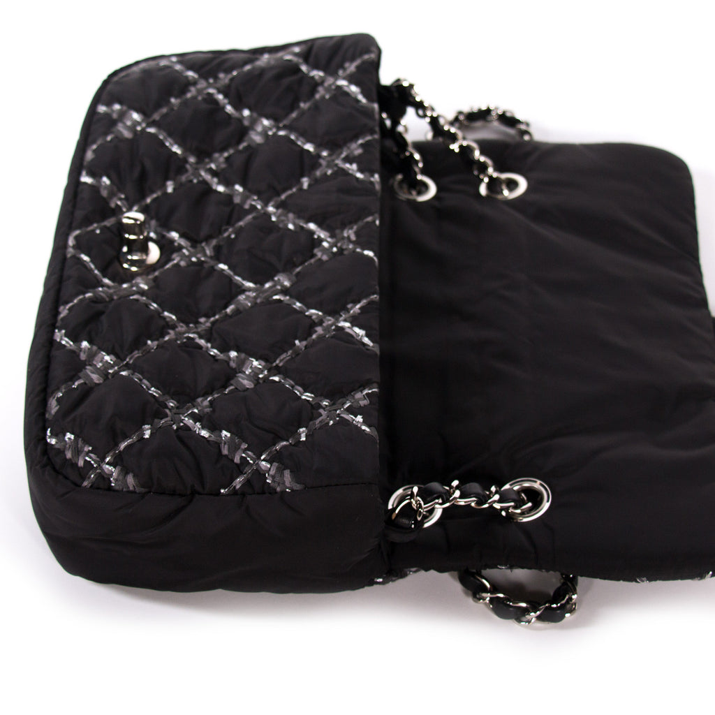 Chanel Nylon Tweed Stitch Bubble Flap Bags Chanel - Shop authentic new pre-owned designer brands online at Re-Vogue