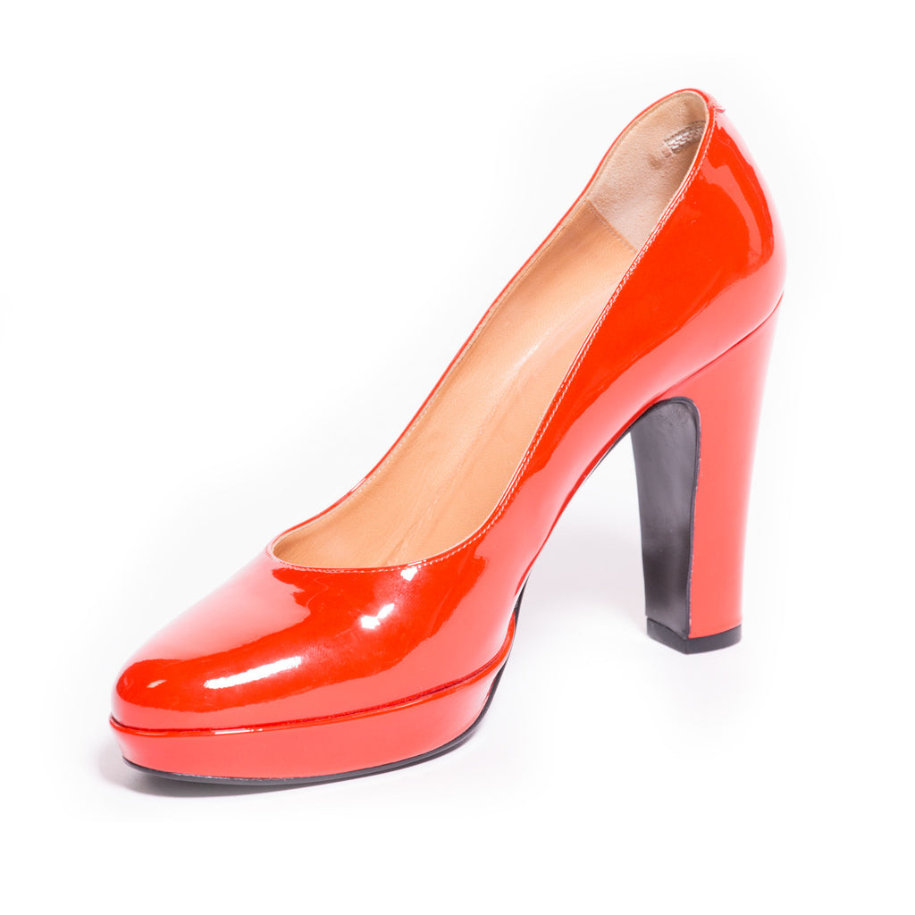 Hermes Red Leather Pumps Shoes Hermes - Shop authentic new pre-owned designer brands online at Re-Vogue