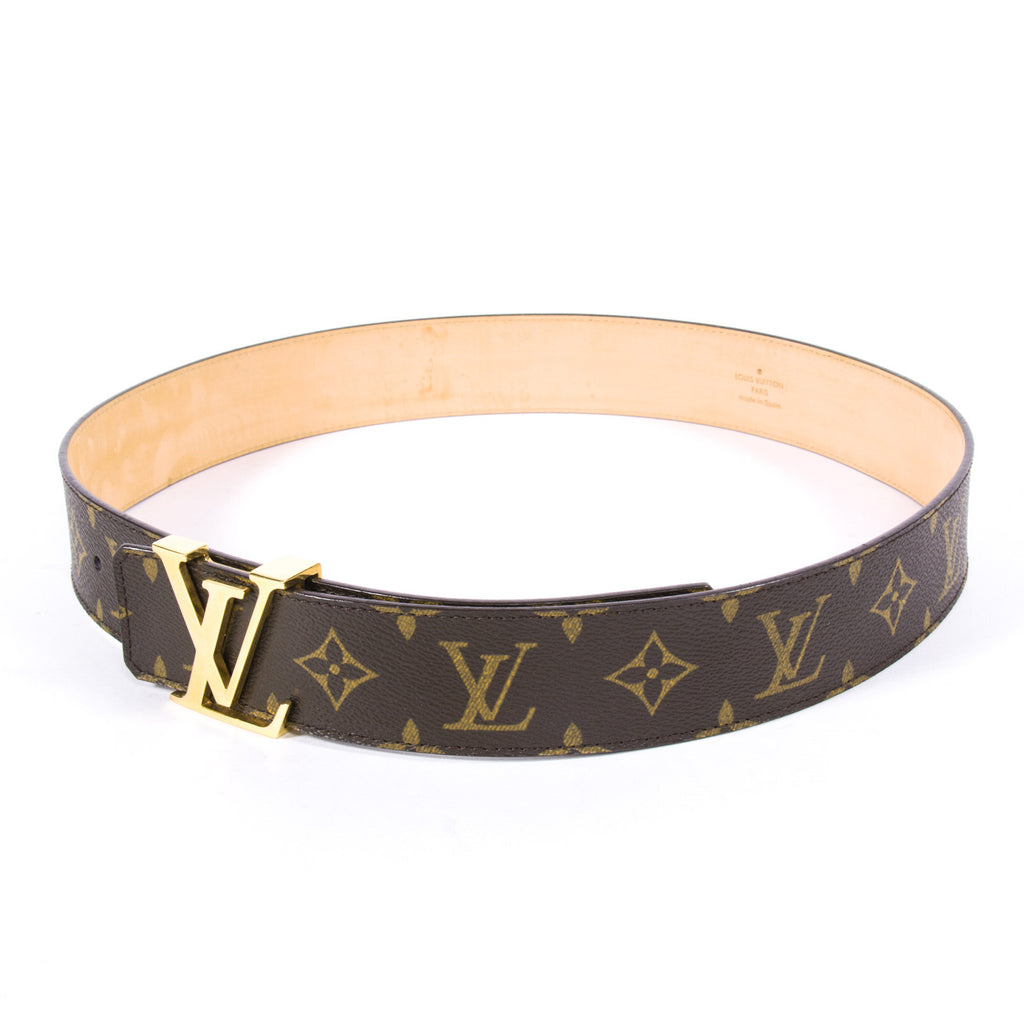 Louis Vuitton Initials Belt - revogue