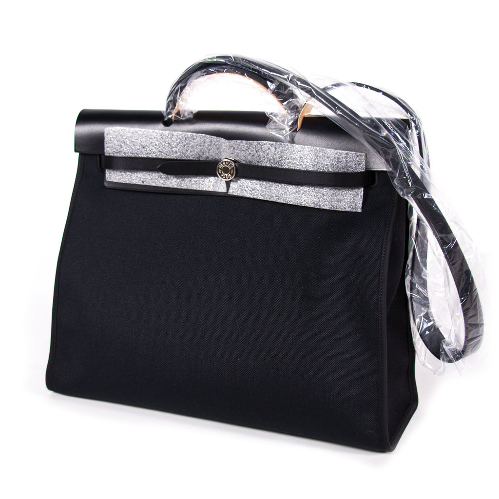 Hermes Herbag Zip 39 Black Bags Hermès - Shop authentic new pre-owned designer brands online at Re-Vogue