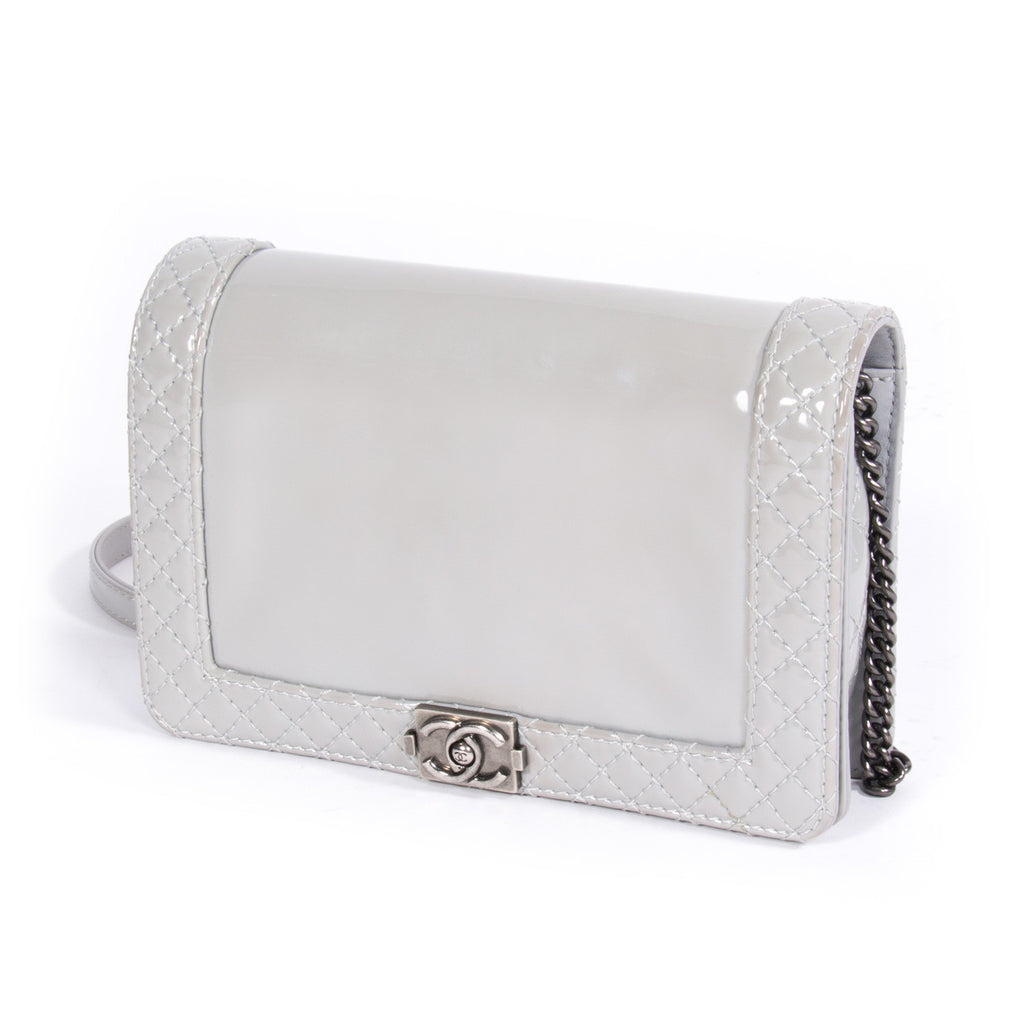 Chanel Boy Reverso Small - revogue