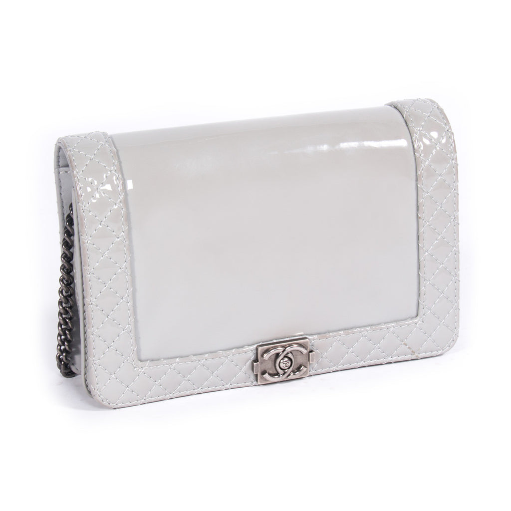 Chanel Boy Reverso Small -Shop pre-owned luxury designer brands on discount online at Re-Vogue