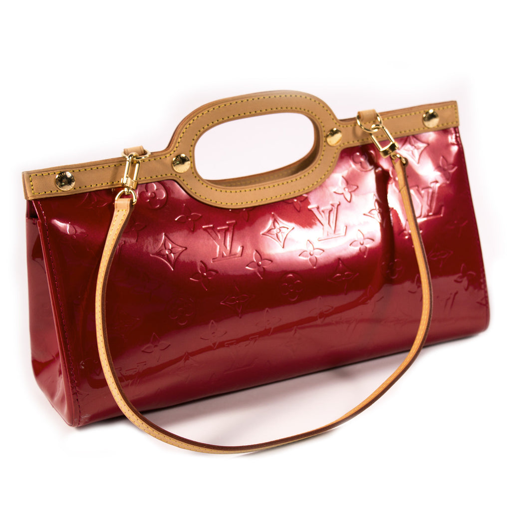 Louis Vuitton Vernis Roxbury Drive Bags Louis Vuitton - Shop authentic new pre-owned designer brands online at Re-Vogue