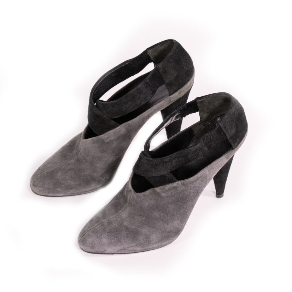 Prada Suede Ankle Booties Shoes Prada - Shop authentic new pre-owned designer brands online at Re-Vogue