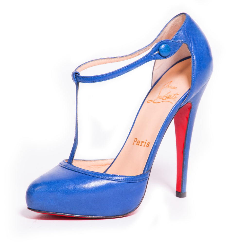 Christian Louboutin Catwoman Pumps Shoes Christian Louboutin - Shop authentic new pre-owned designer brands online at Re-Vogue