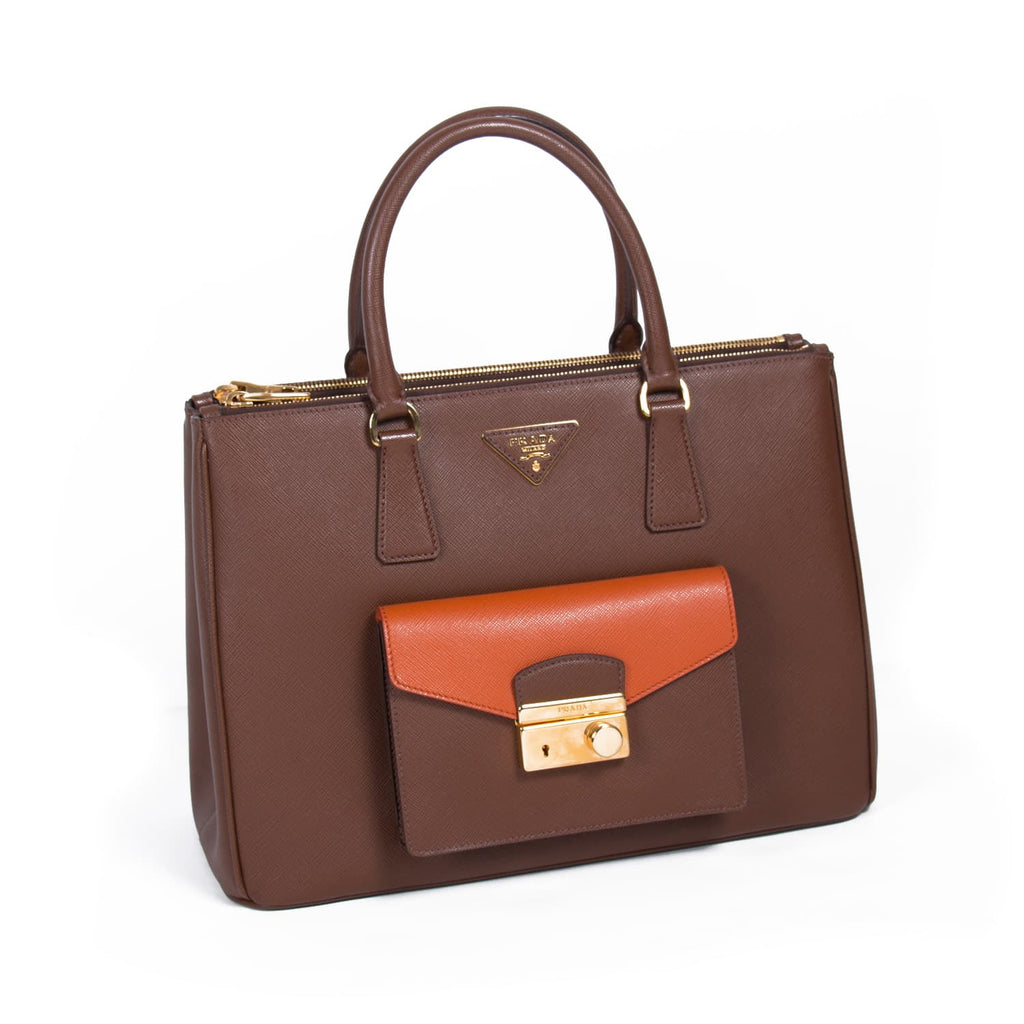Prada Galleria Saffiano Cargo Tote Bag Bags Prada - Shop authentic new pre-owned designer brands online at Re-Vogue