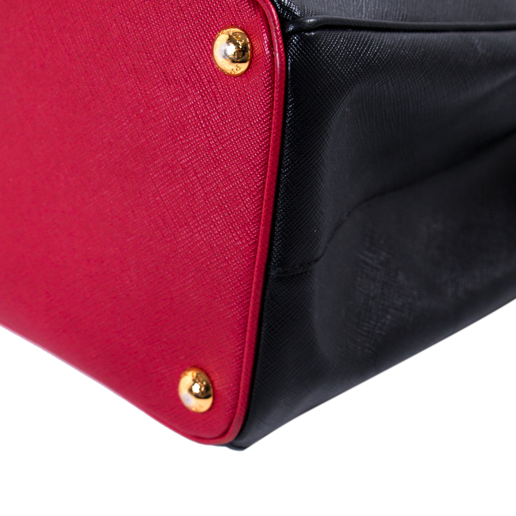 Prada Galleria Double Zip Tote Bag Bags Prada - Shop authentic new pre-owned designer brands online at Re-Vogue