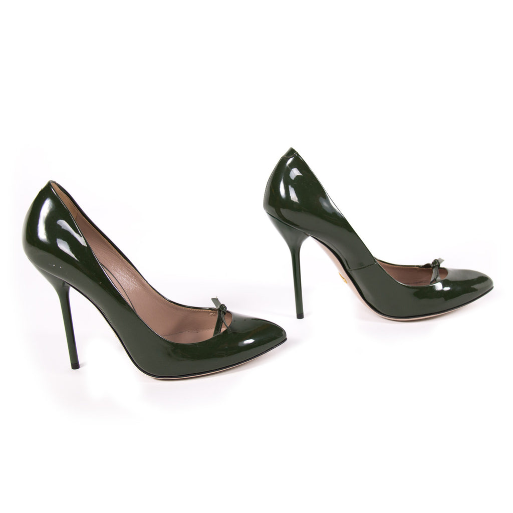 Gucci Pointed Toe Leather Pumps Shoes Gucci - Shop authentic new pre-owned designer brands online at Re-Vogue