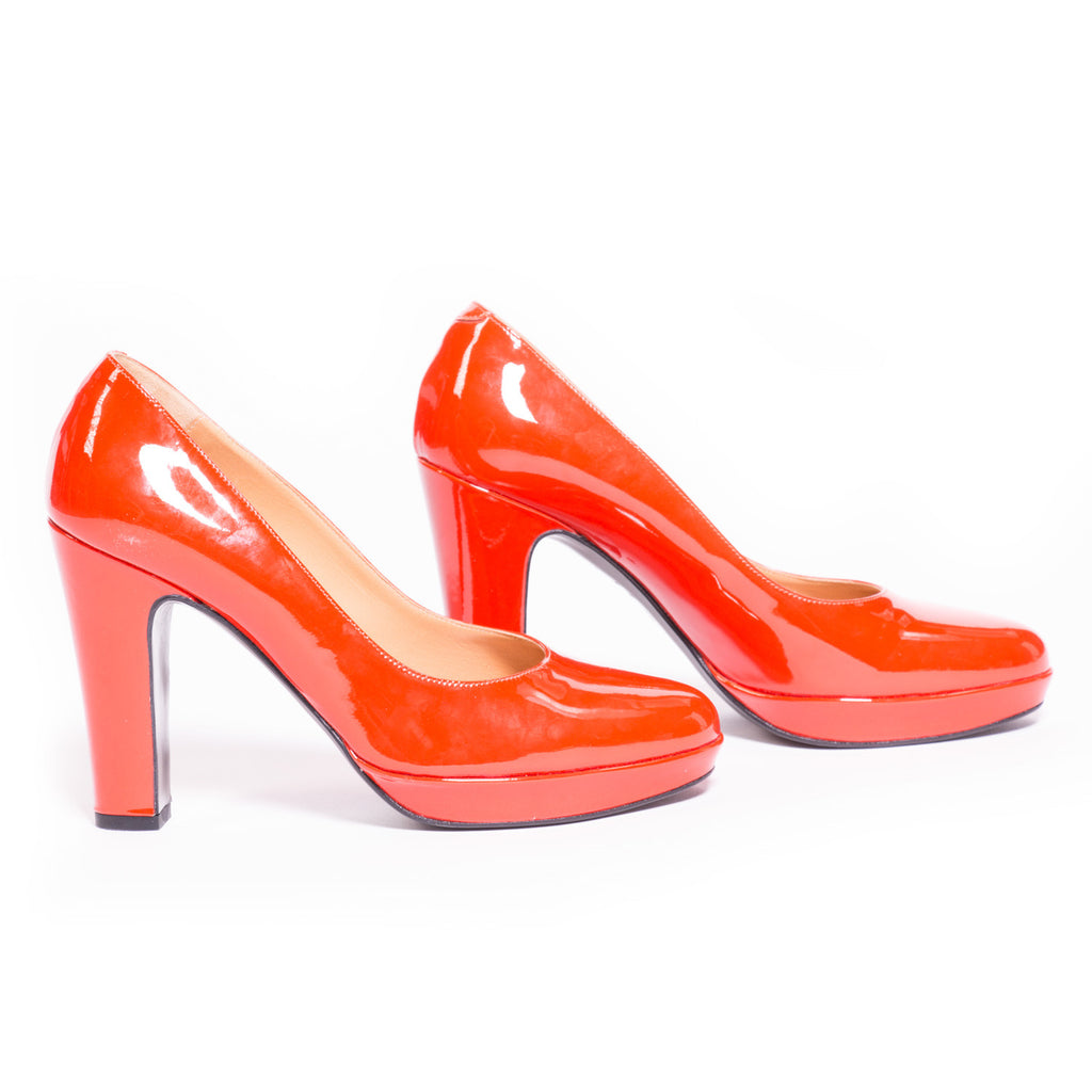 Hermes Red Leather Pumps Shoes Hermès - Shop authentic new pre-owned designer brands online at Re-Vogue