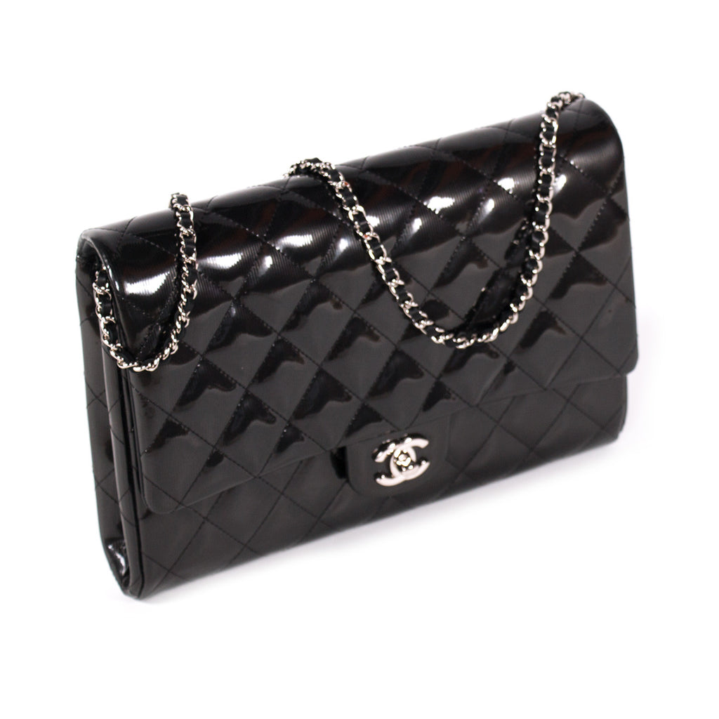Chanel Classic Clutch With Chain Bags Chanel - Shop authentic new pre-owned designer brands online at Re-Vogue