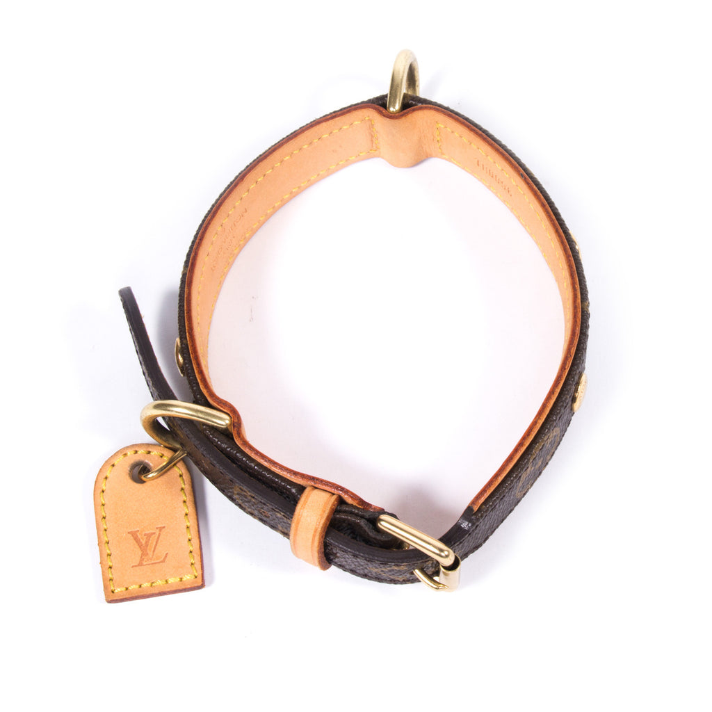 Louis Vuitton Baxter Dog Collar PM -Shop pre-owned luxury designer brands on discount online at Re-Vogue