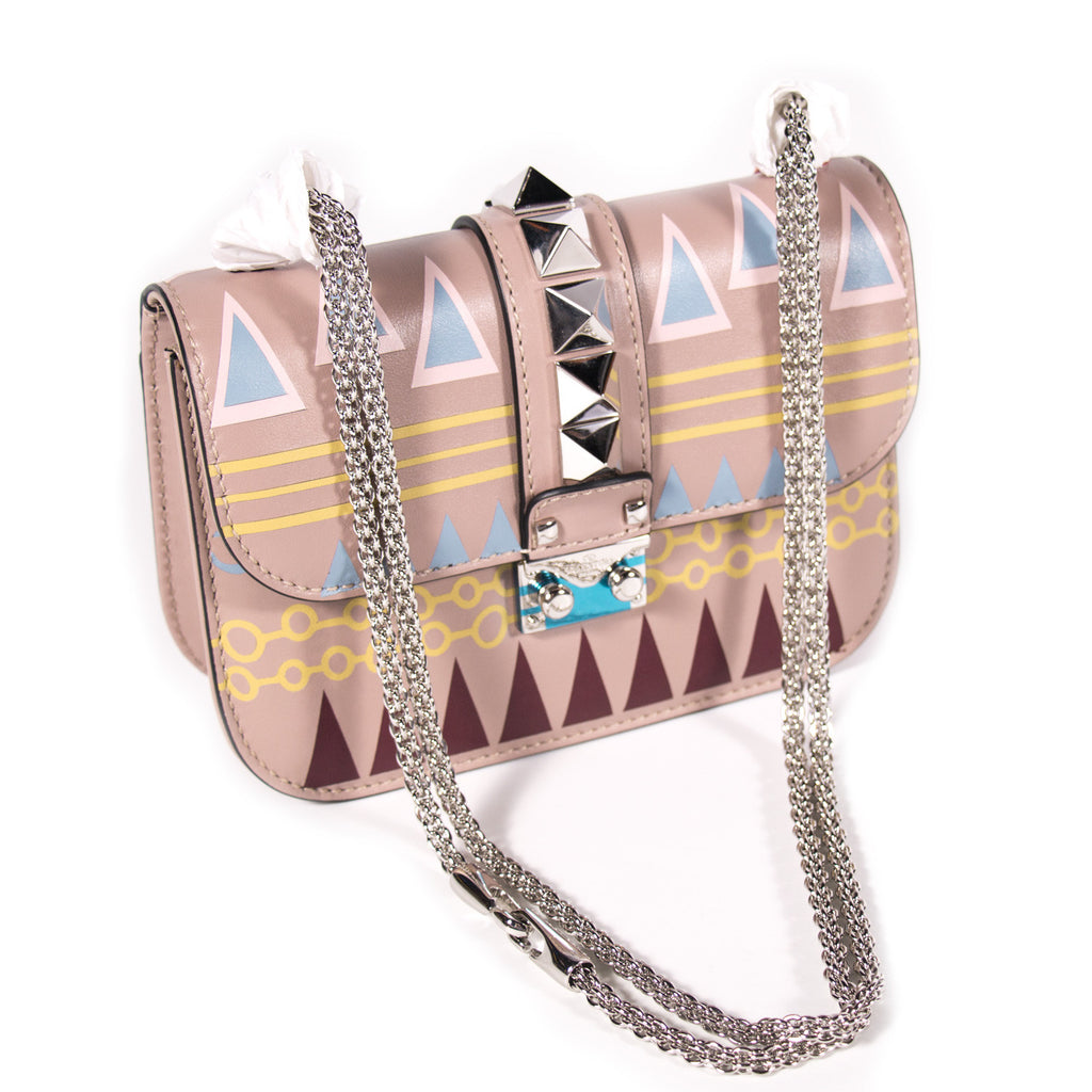 Valentino Glam Lock Rockstud Shoulder Bag Bags Valentino - Shop authentic new pre-owned designer brands online at Re-Vogue