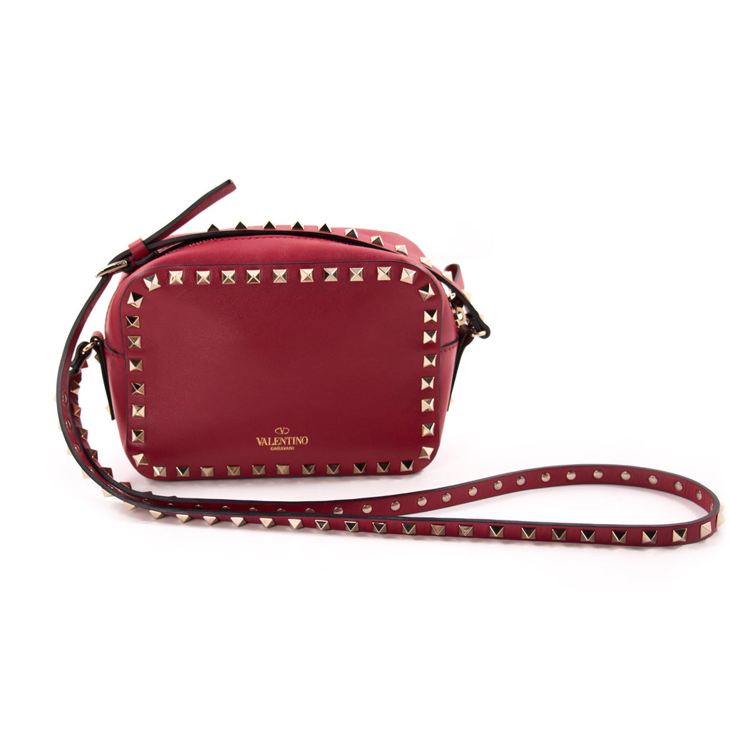 hot-selling professional great deals look out for Shop authentic Valentino Rockstud Camera Bag at revogue for just USD 969.00