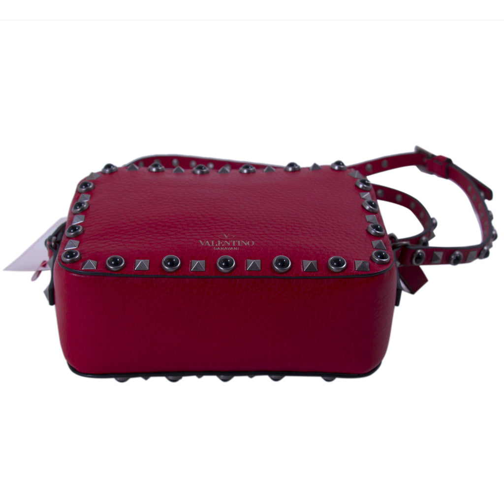 Valentino Rockstud Rolling Noir Cross Body Bag Bags Valentino - Shop authentic new pre-owned designer brands online at Re-Vogue