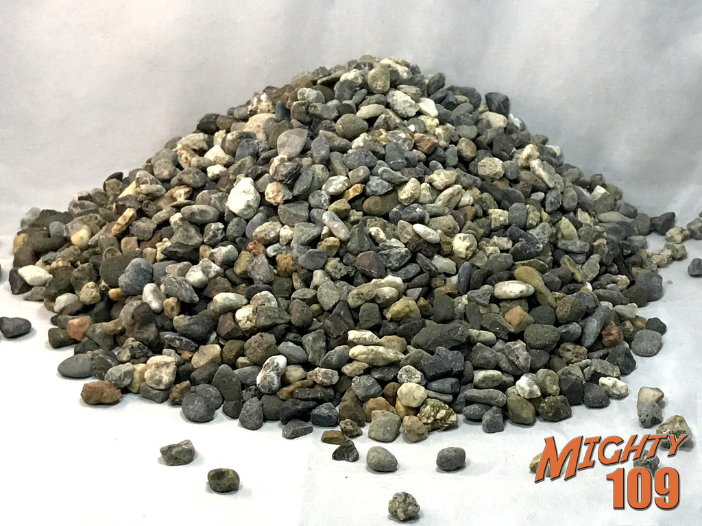 "Mighty 109 California Black and White 1/2"" Agates, Pea Gravel"