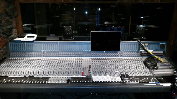 Quad 8 Virtuoso 60 Channel Console