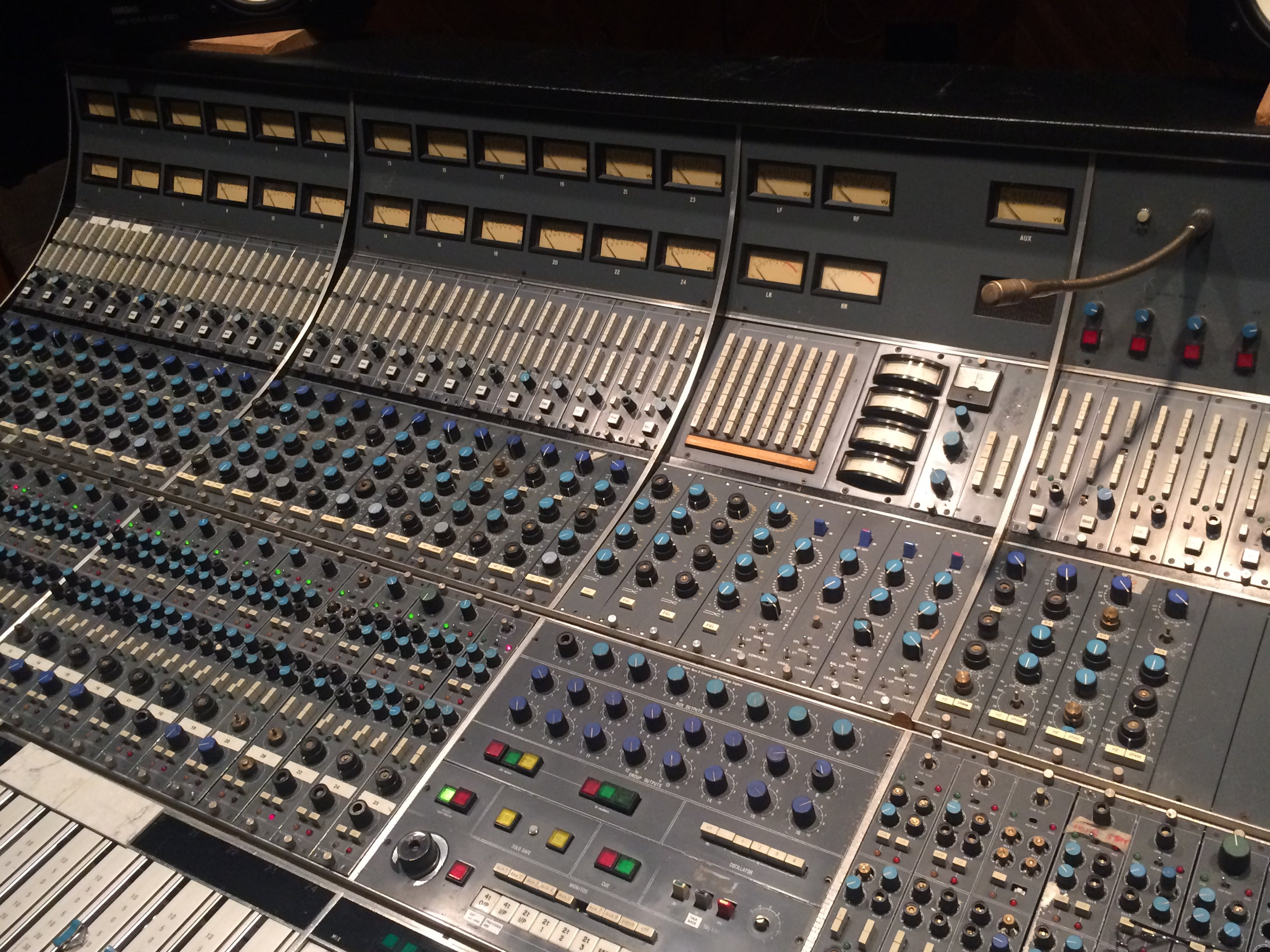 Pleasing Vintage Neve 8068 Recording Mixing Console Professional Download Free Architecture Designs Scobabritishbridgeorg