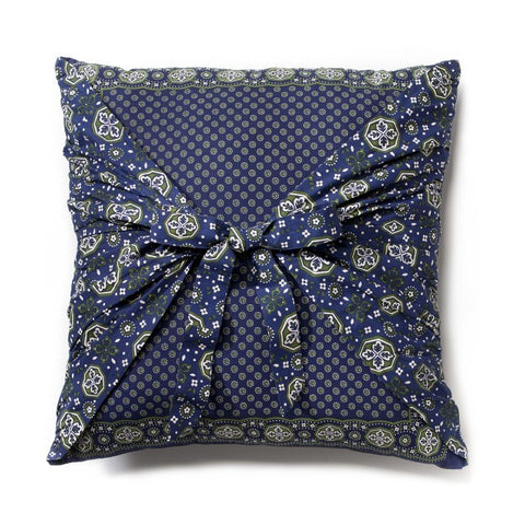 "#D1003250083 - 19""SQ.PILLOW-NAVY AND GREEN BANDANA PRINT  -  16/CASE"